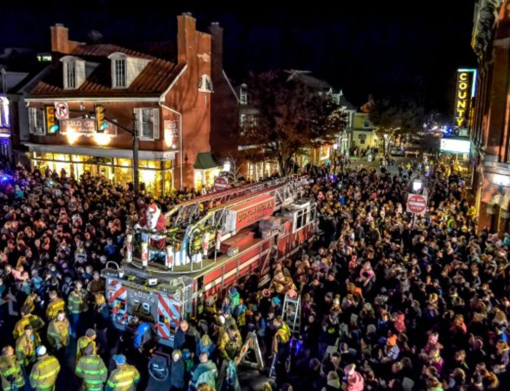 Photo of the Week: Santa's Arrival in Doylestown
